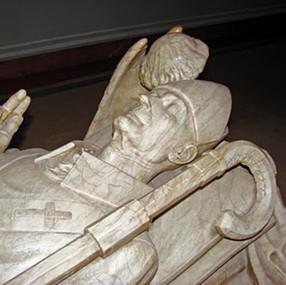 sarcophage de l'évêque et abbé Oliba