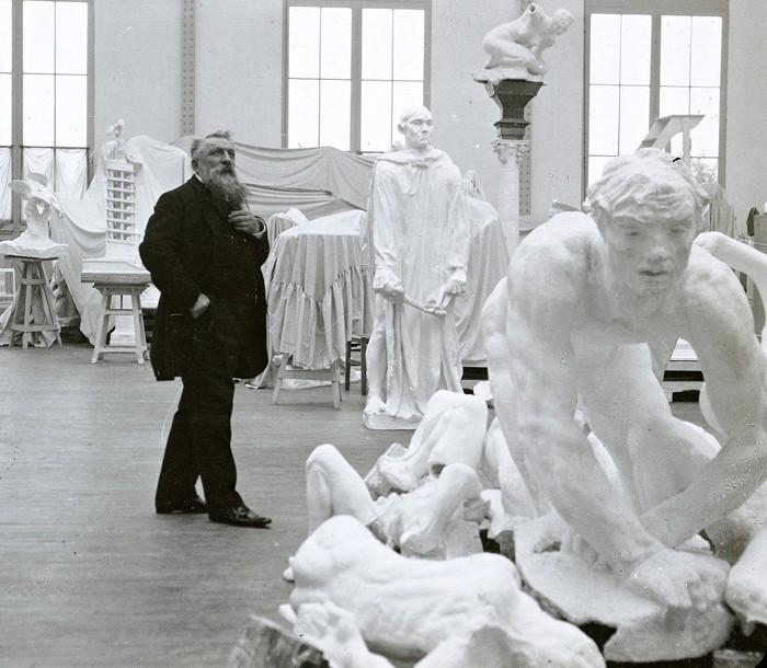 « Rodin dans son atelier », sans date, Paris, musée Rodin, Paris.