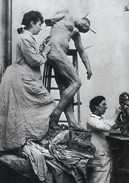 « Camille Claudel et Jessie Lipscomb dans leur atelier rue Notre-Dame-des-Champs », 1887, William Elborne, Paris, musée Rodin.
