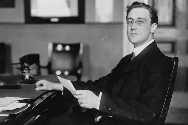 Franklin Roosevelt, jeune Secrétaire d'État adjoint à la Marine (1913)