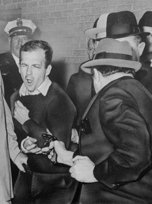Assassinat de Lee Harvey Oswald par Jack Ruby le 24 novembre 1963 (DR)