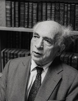 Alfred Sauvy (Villeneuve-de-la-Raho, 31 octobre 1898 - Paris, 30 octobre 1990), DR