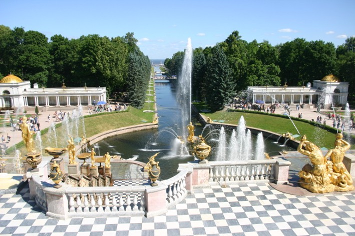 Le palais de Peterhof (photo : Gérard Grégor)