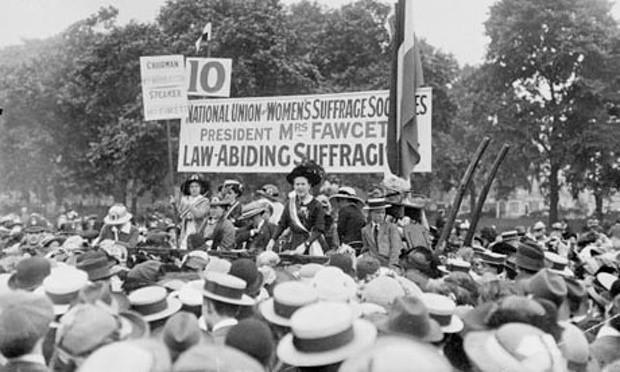 Millicent Fawcett au rallye des suffragettes de Hyde Park (21 juin 1908)
