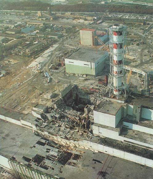 Le réacteur de Tchernobyl après l'explosion du 26 avril 1986 (DR)