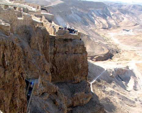 La forteresse de Massada, au-dessus de la mer Morte (DR)