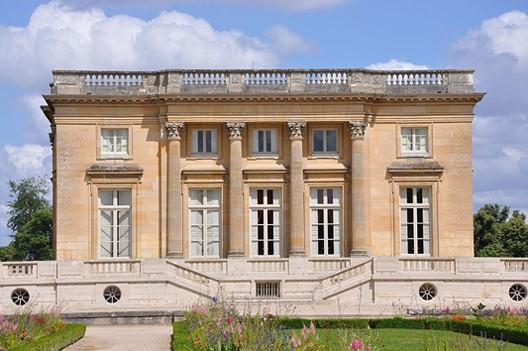 Le Petit Trianon et le Hameau de la Reine - La douceur de vivre selon  Marie-Antoinette - Herodote.net